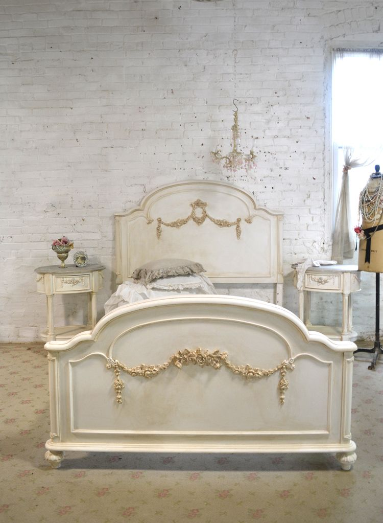 Painted+Cottage+Romantic+French+Bed+[BD745]+-+$895.00+:+The+Painted+Cottage,+Vintage+Painted+Furniture