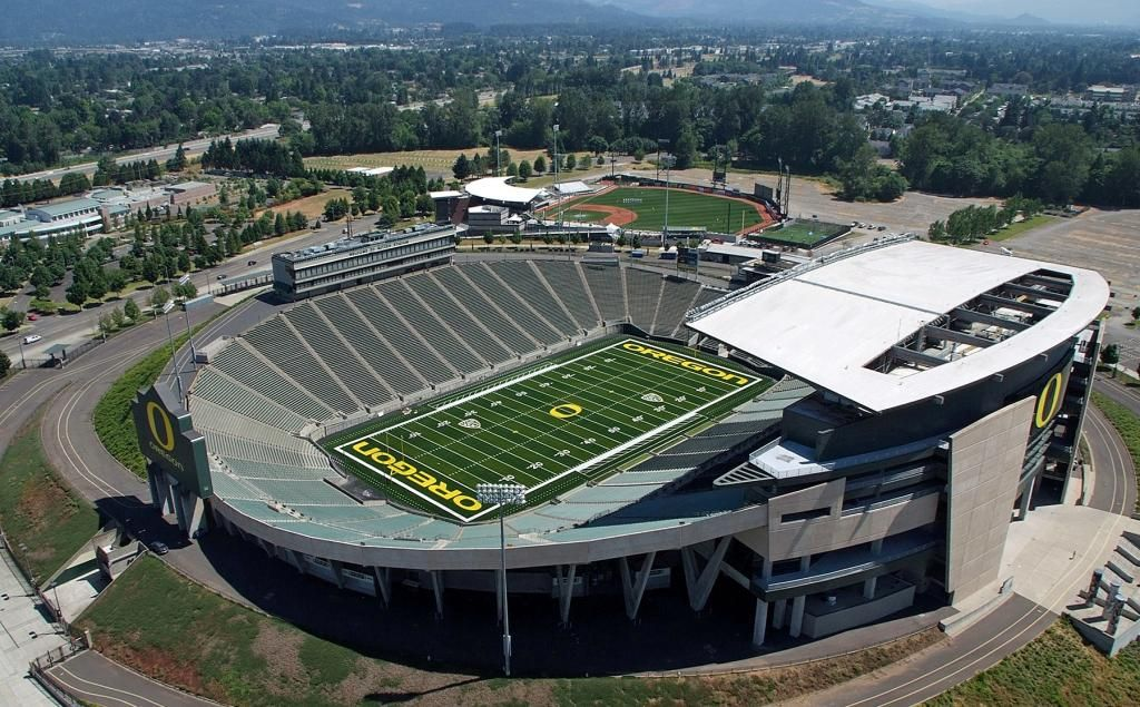 Autzen Stadium University Of Oregon Autzen Stadium University Of Oregon Oregon Ducks