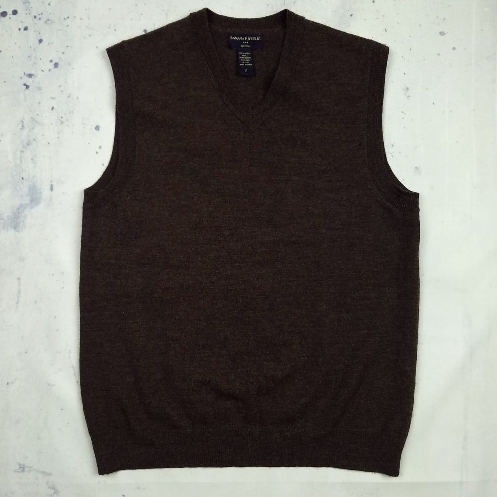 BANANA REPUBLIC Men's 100% Merino Wool Sleeveless Sweater Vest V ...