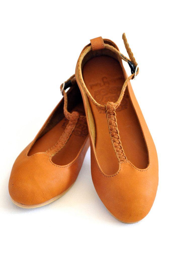 e5fd9d0e6cc6a0 GRACE. Leather t -strap ballet flats. via Etsy.