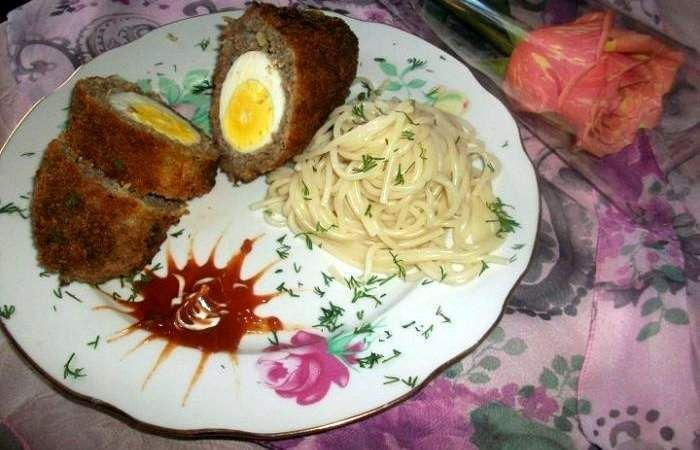 Говяжьи котлеты с яйцом | Рецепт | Национальная еда ...