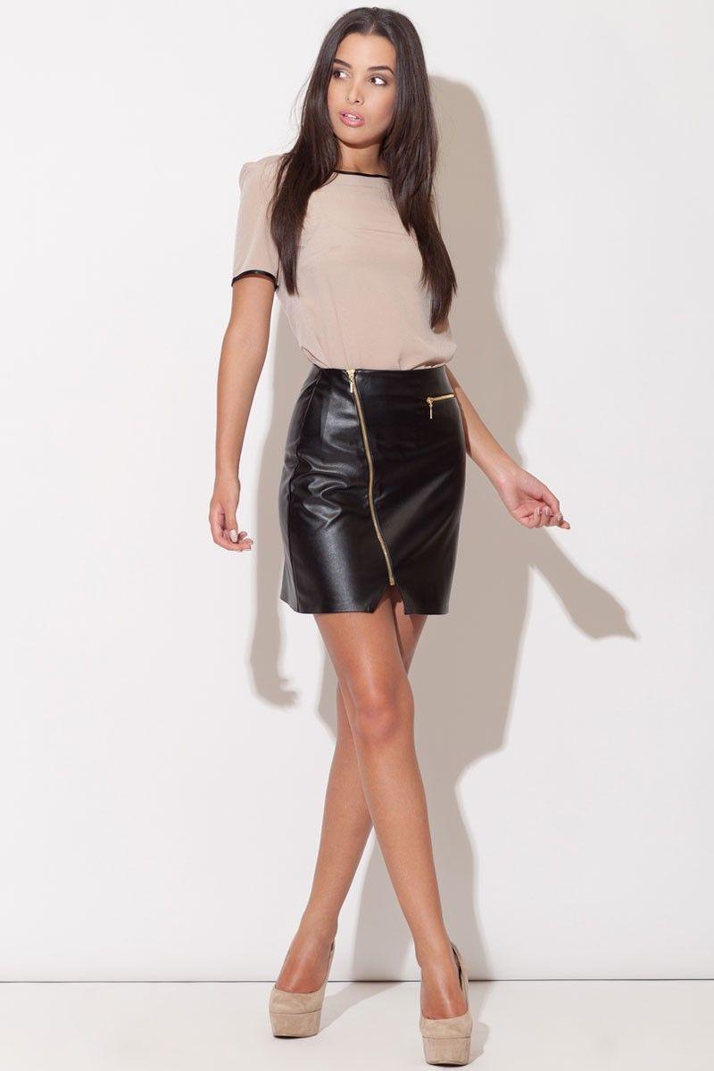 jupe courte taille haute en simili cuir noir les. Black Bedroom Furniture Sets. Home Design Ideas