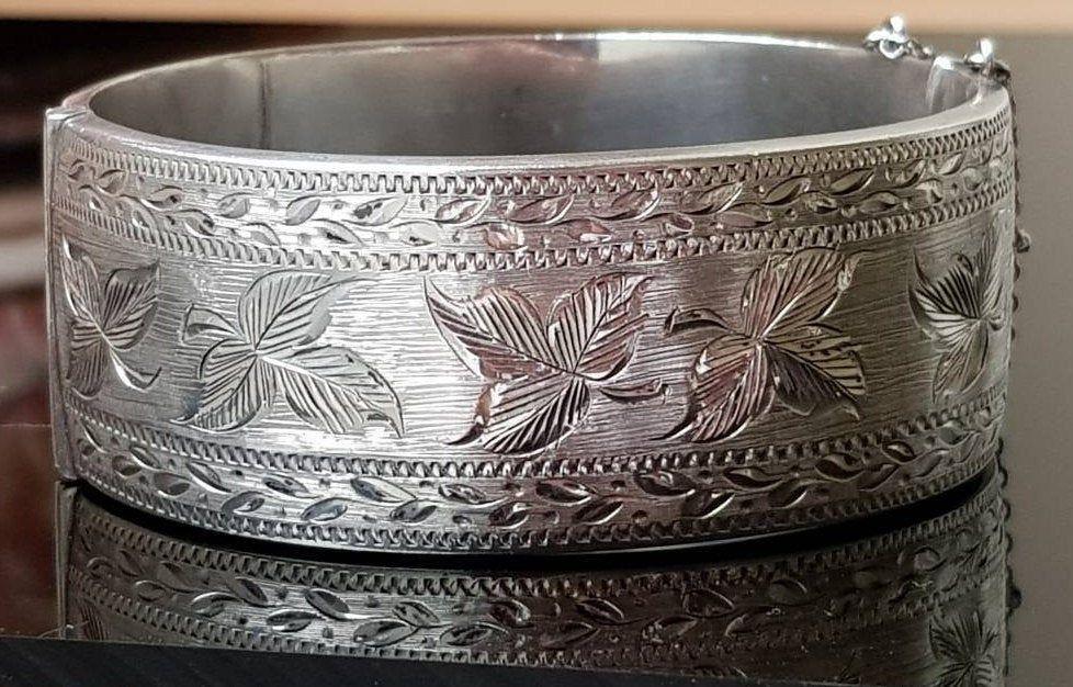 Vintage Decorative Detailed Sterling Silver Cuff Bracelet