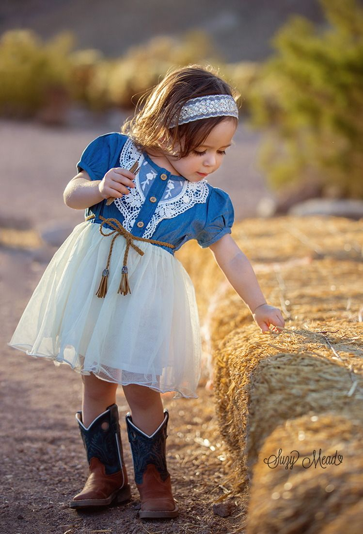 Cowgirl by Suzy Mead  6px  Cowgirl outfit for girl, Girl