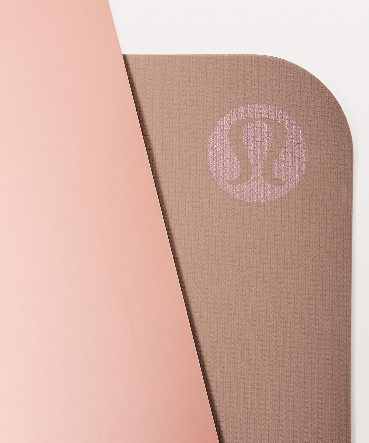 The Reversible Mat 5mm Women S Yoga Mats Yoga Women Lululemon Yoga Mat