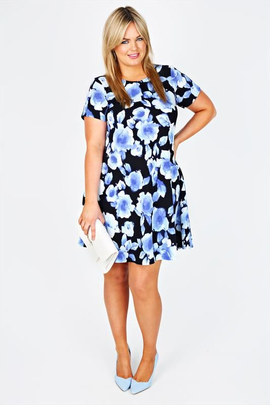 This comfy dress is great for summer weddings so versatile, this dress will effortlessly take you from day to night #Yoursclothing #Dress #Weddingguest http://www.yoursclothing.co.uk/blue-blurred-rose-print-textured-swing-dress-p