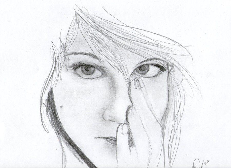 Pencil drawings of broken hearts