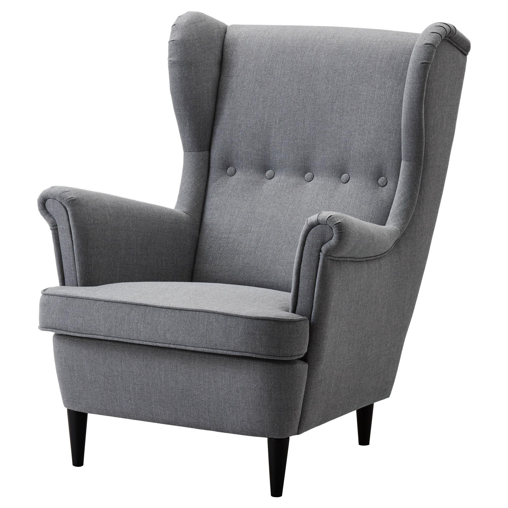 Läsfåtölj i vardagsrum Wing chair, Ikea strandmon, Ikea