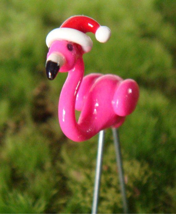 Tiny Christmas Pink Lawn Flamingo with Santa Hat - Tiny Christmas Pink Lawn Flamingo With Santa Hat Flamingo Love