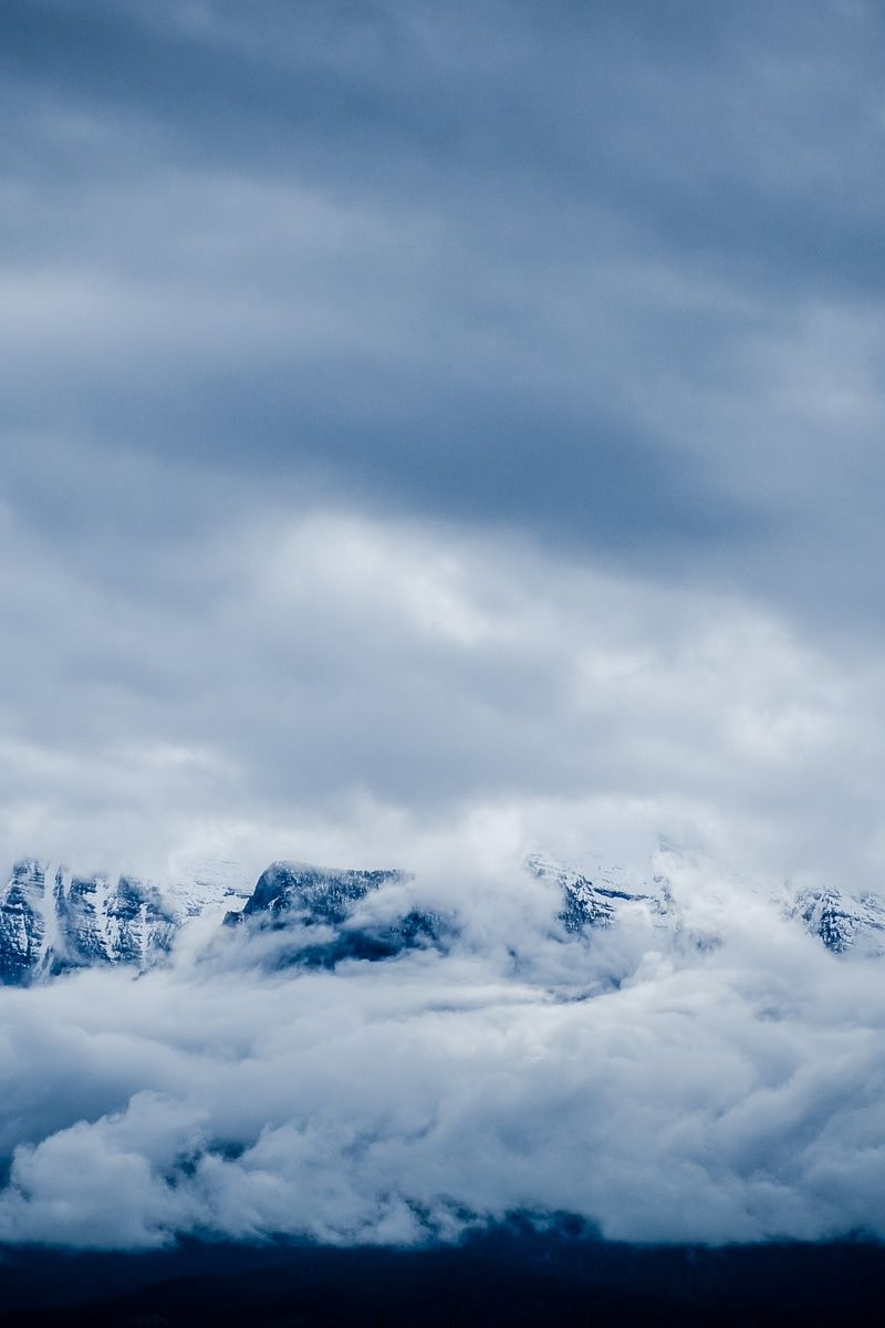 New free photo from Pexels: https://www.pexels.com/photo/snow-covered-mountain-covered-by-sea-of-clouds-102566 #cold #snow #nature