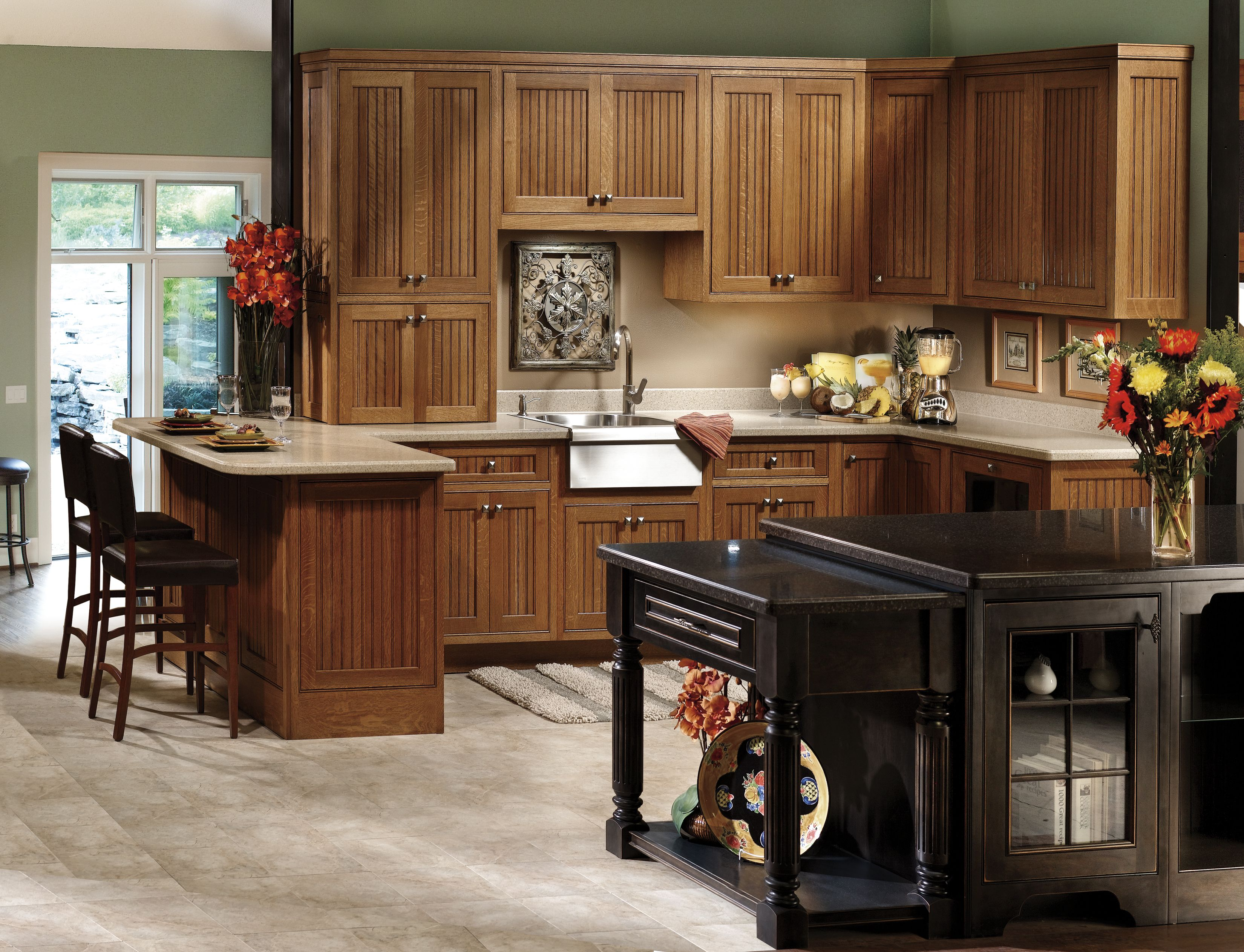 classic oak kitchen cabinets kitchen cabinet styles craftsman style kitchen craftsman kitchen on kitchen cabinets vertical lines id=31105