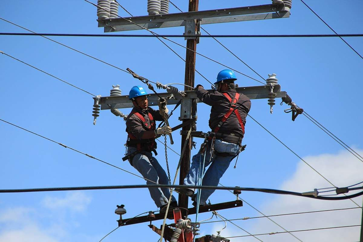 It S National Lineman Appreciation Day Electricity Dangerous Jobs Residential Electrical