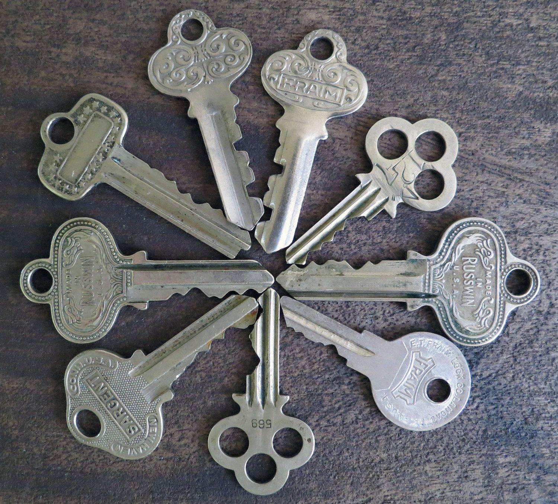Lot Of 9 Keys Russwin Keys Fram Keys Yale Towne Keys Sargent Key Independent Lock Co Padlock Keys Vintage Keys Key Personalized Items