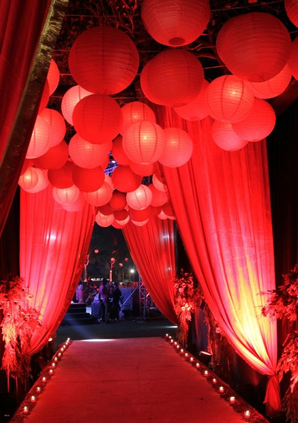 Red Paper Lanterns Reception Entrance With Red Drapery Shared On Wedmegood Red Carpet Party Wedding Decorations Wedding Themes Fall