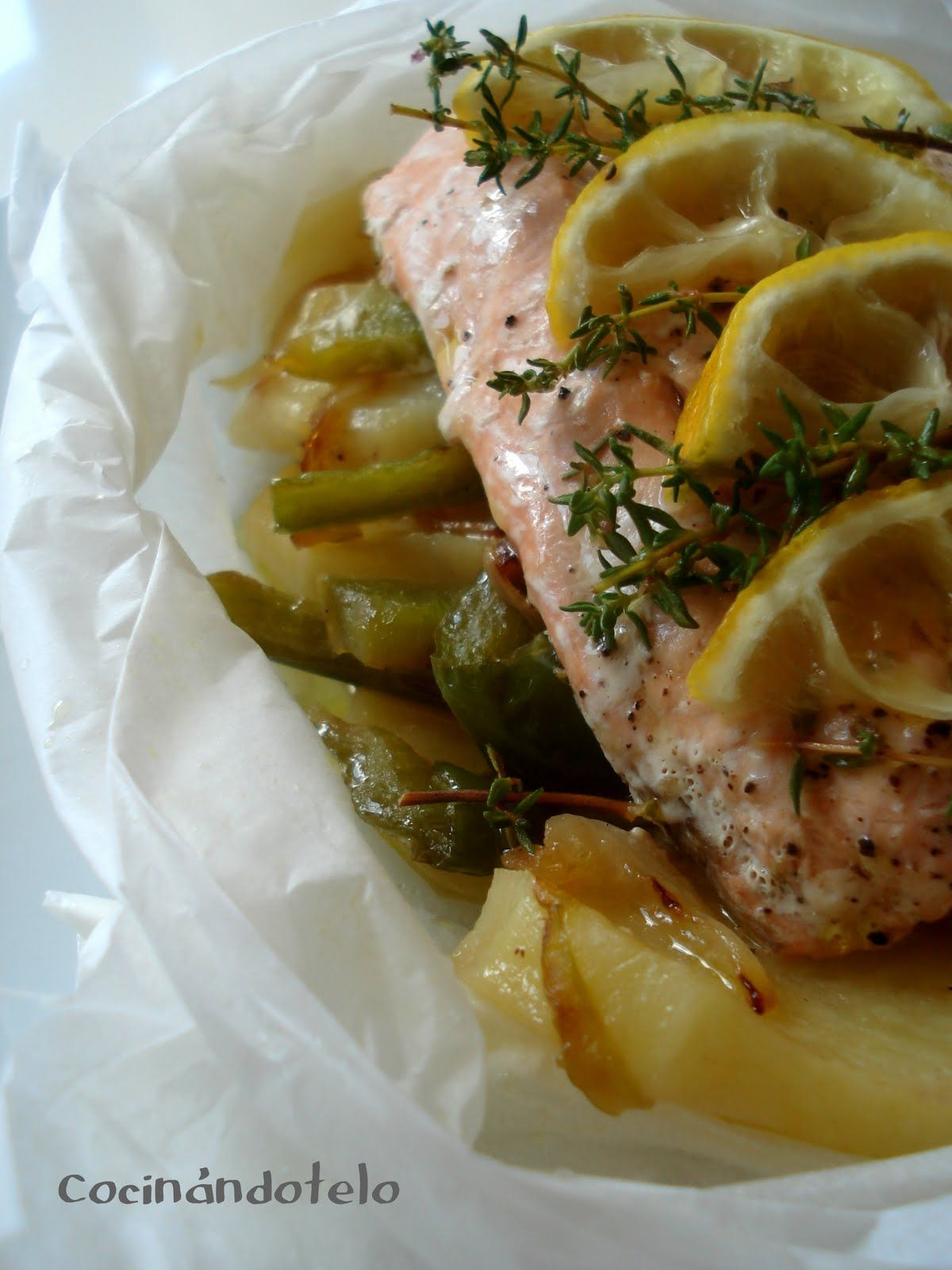 Cocin ndotelo papillote arom tico de salm n al microondas recetas par microondas pinterest - Cocinar pescado en microondas ...