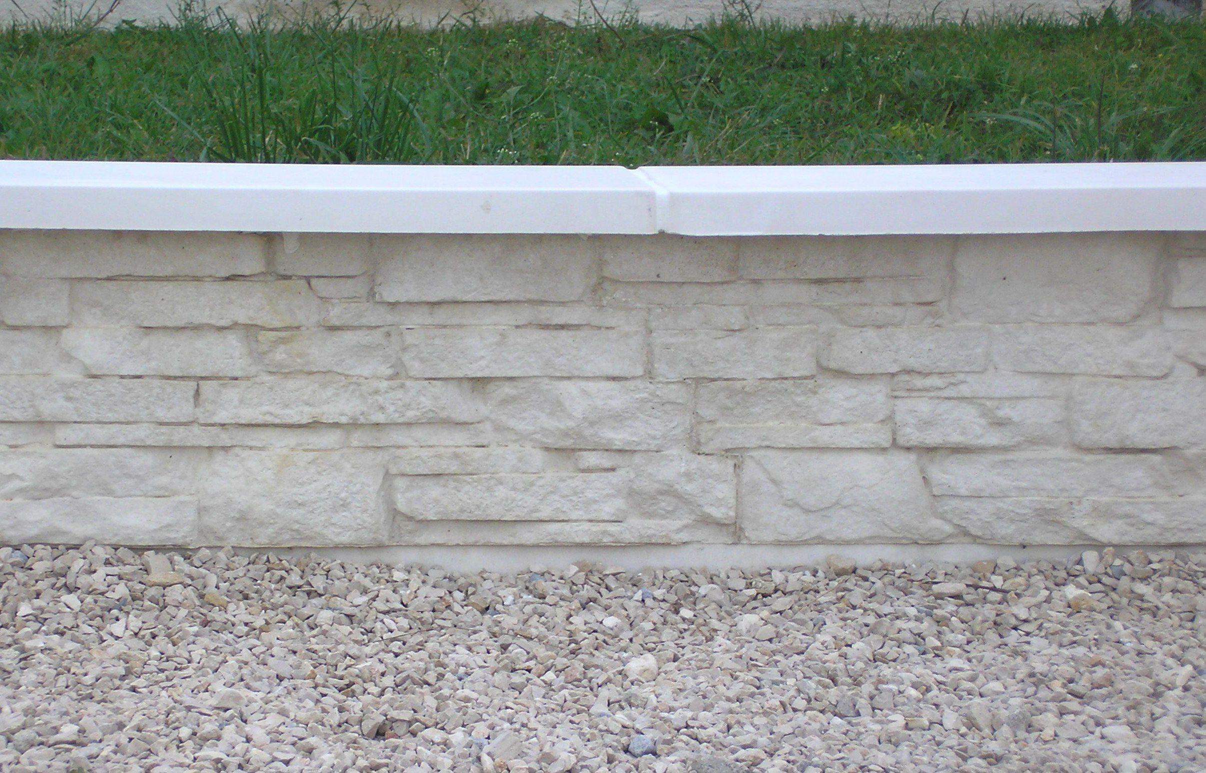 Muret En Pierre Reconstituée en ce qui concerne muret de cl�ture monobloc droit, aspect pierres s�ches, en pierre