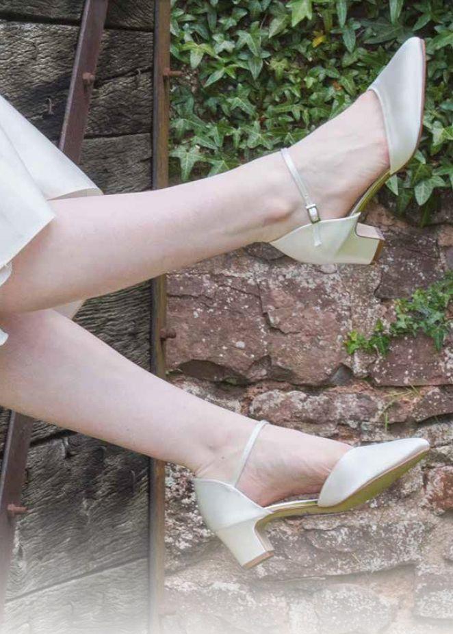Satin Schuhe Reinigen