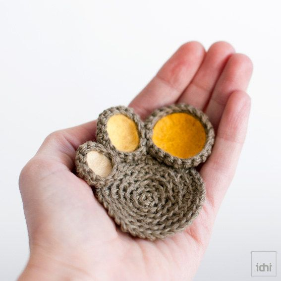 Brooch crochet circles with colored felt  Yellow tones by idniama, $20.00