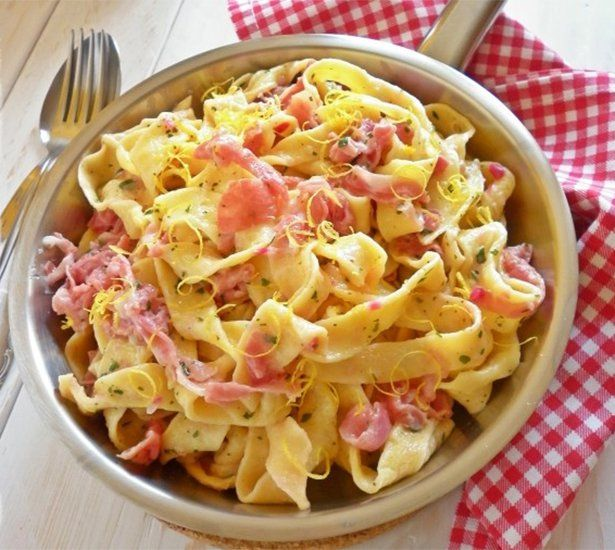 Fresh Taglistelle with Prosciutto and Lemon