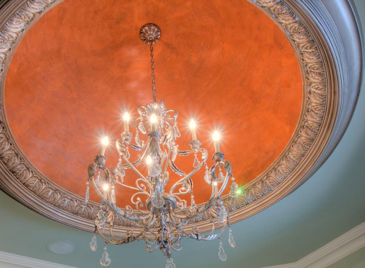 Elegant Dome Ceiling With Decorative