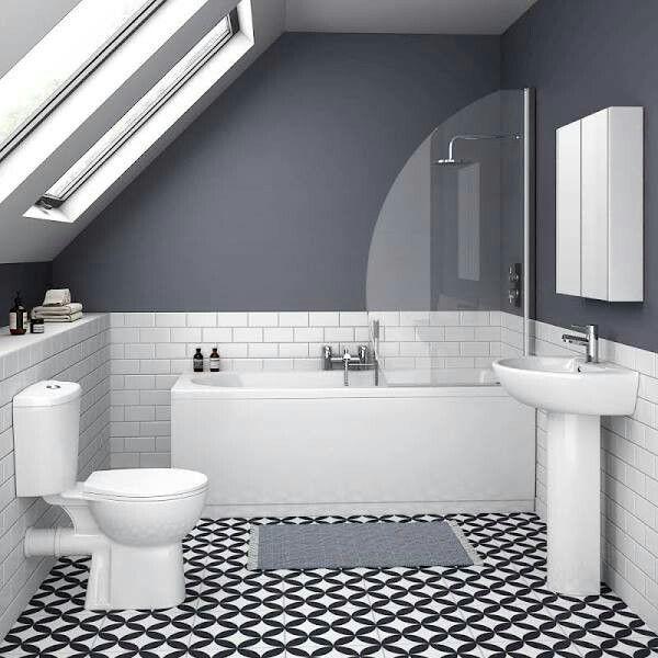 Bathroom Wall Aer: Badrummets Planlösning är Snarlikt Denna, Dock är Det
