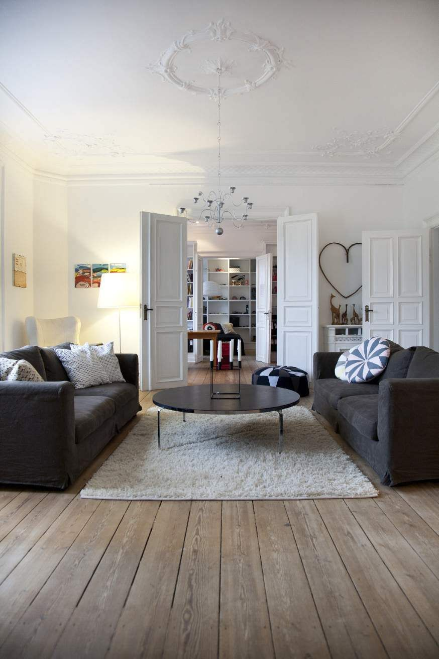 un appartement presque haussmannien copenhague planete deco a homes world home decor. Black Bedroom Furniture Sets. Home Design Ideas