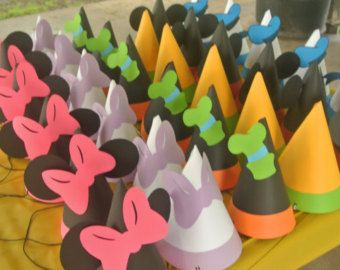Mickey Minnie   Friends Party Favor Gift Bags by PartyRockinEvents. Gorros  fiesta Mickey Mouse Clubhouse 12 ... acdc9a47e75