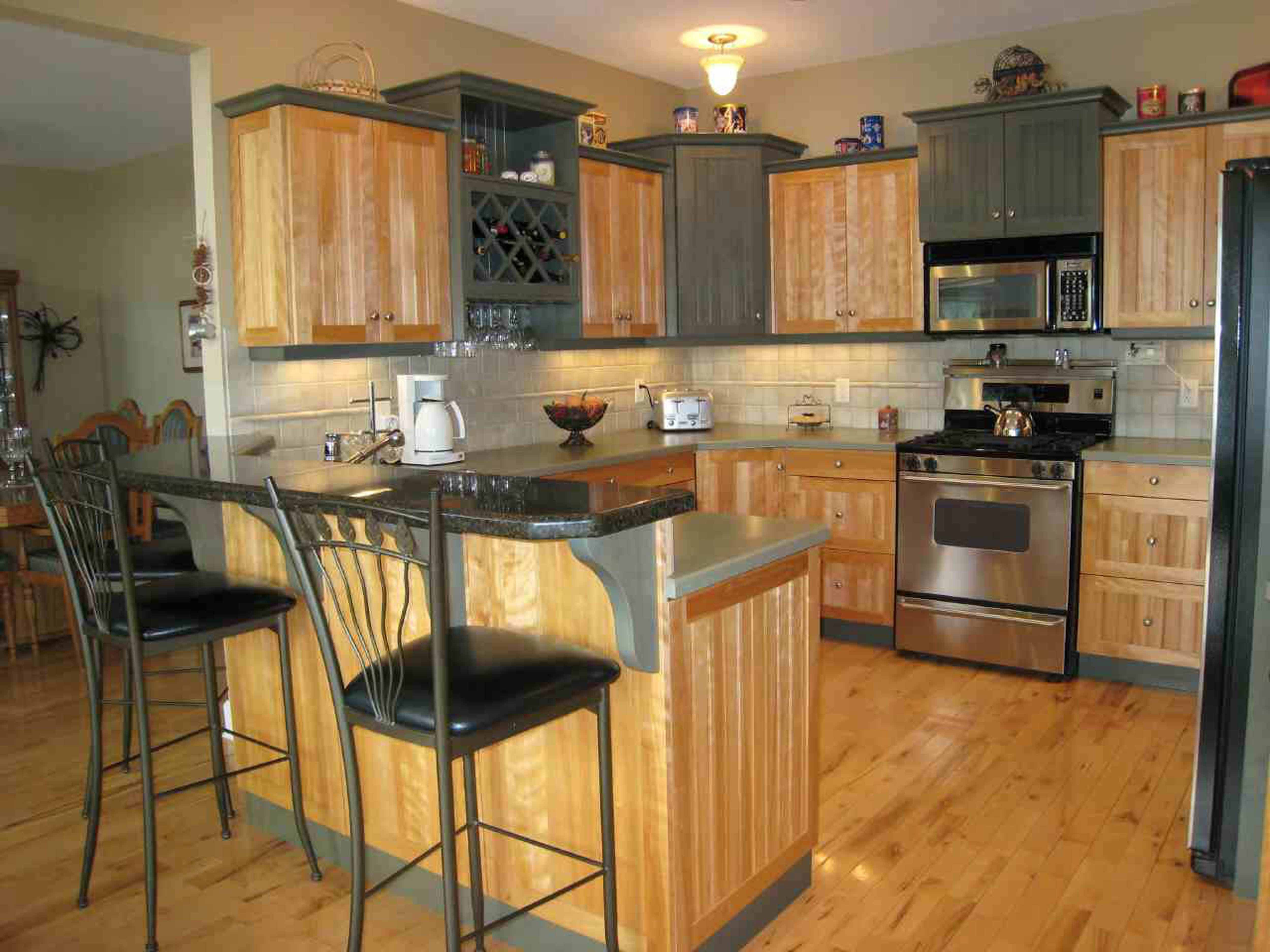 the-kitchen-is-beautiful-and-versatile-of-all-natural-wood-has-a