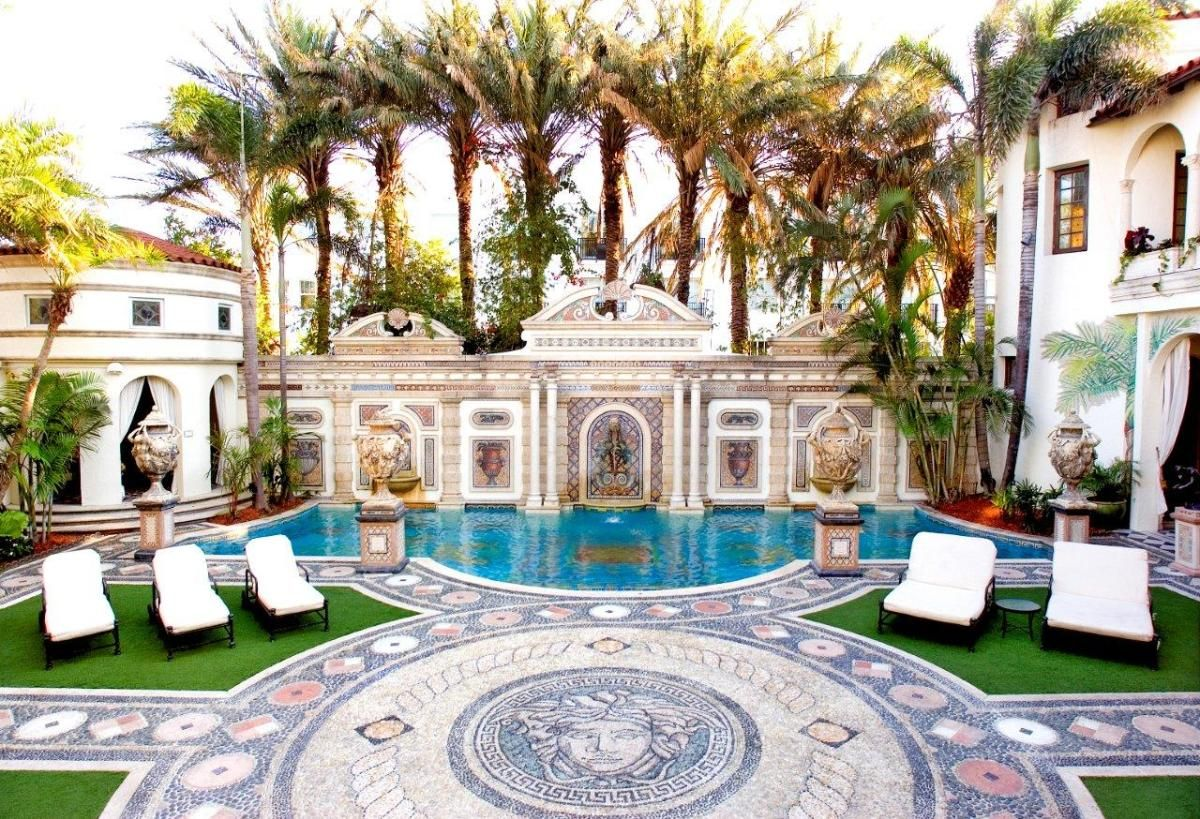 Look Versace S Miami Beach Home Is For Sale Miami Mansion
