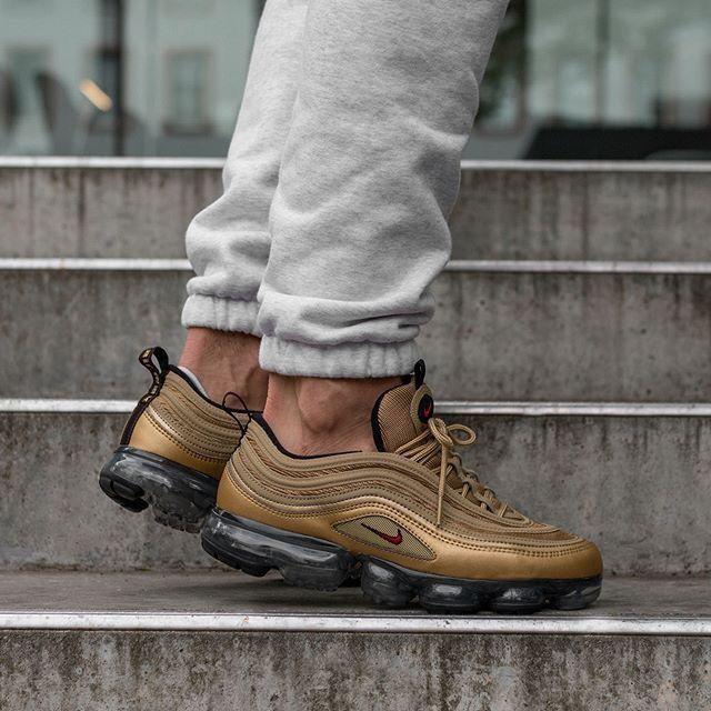 Nike Air Vapormax 97   Style homme, Homme classe, Élégance