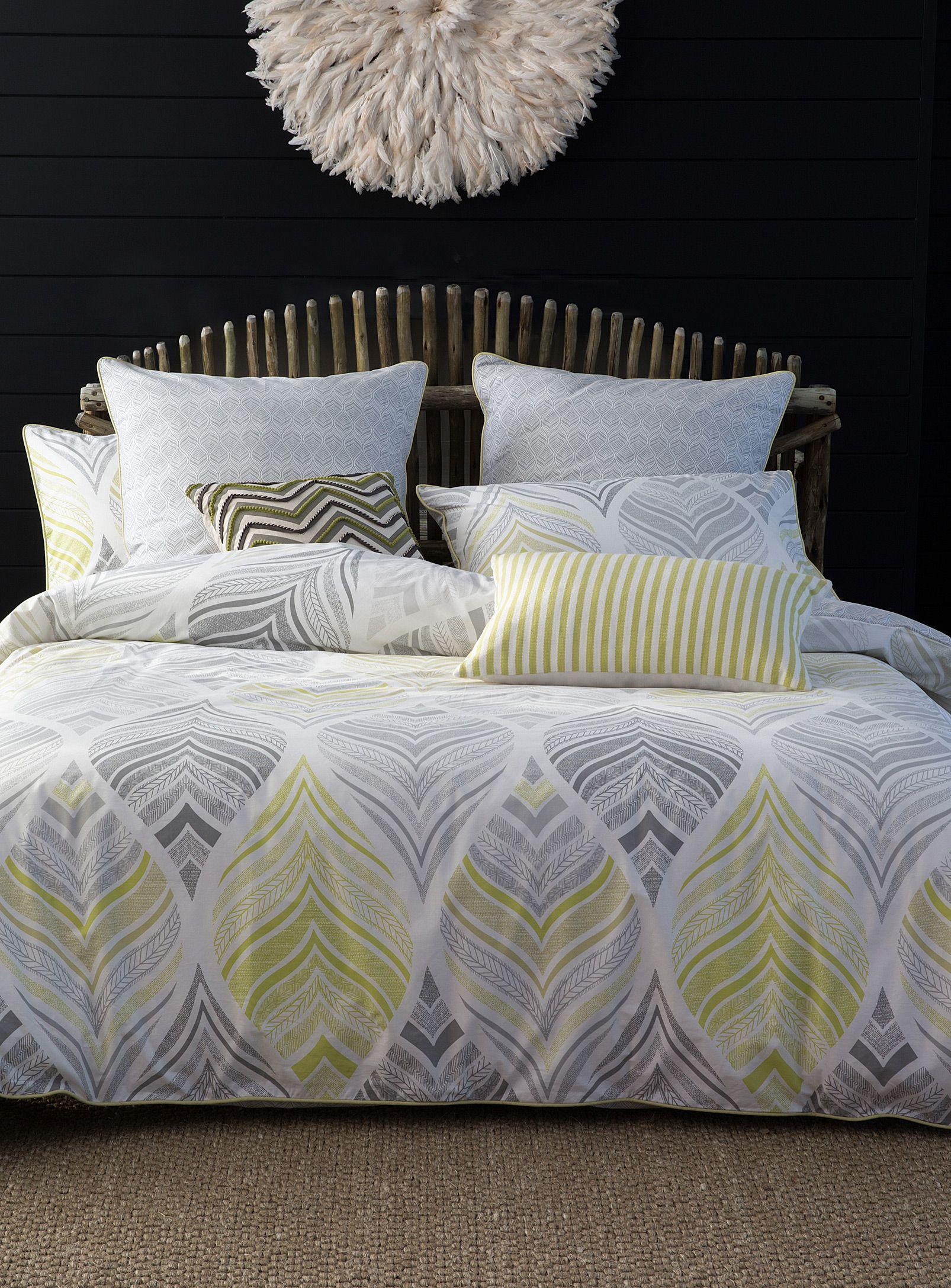 housses de couettes et douillettes en duvet en ligne simons couette pinterest housses de. Black Bedroom Furniture Sets. Home Design Ideas