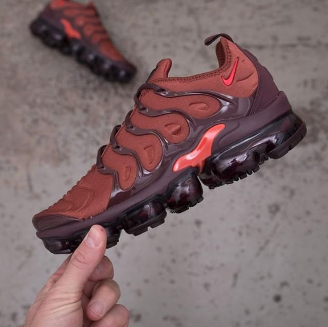 save off 07fee f0355 Nike Wmns Air Vapormax Plus - AO4550-201 •• Tänk höst, tänk på en ...