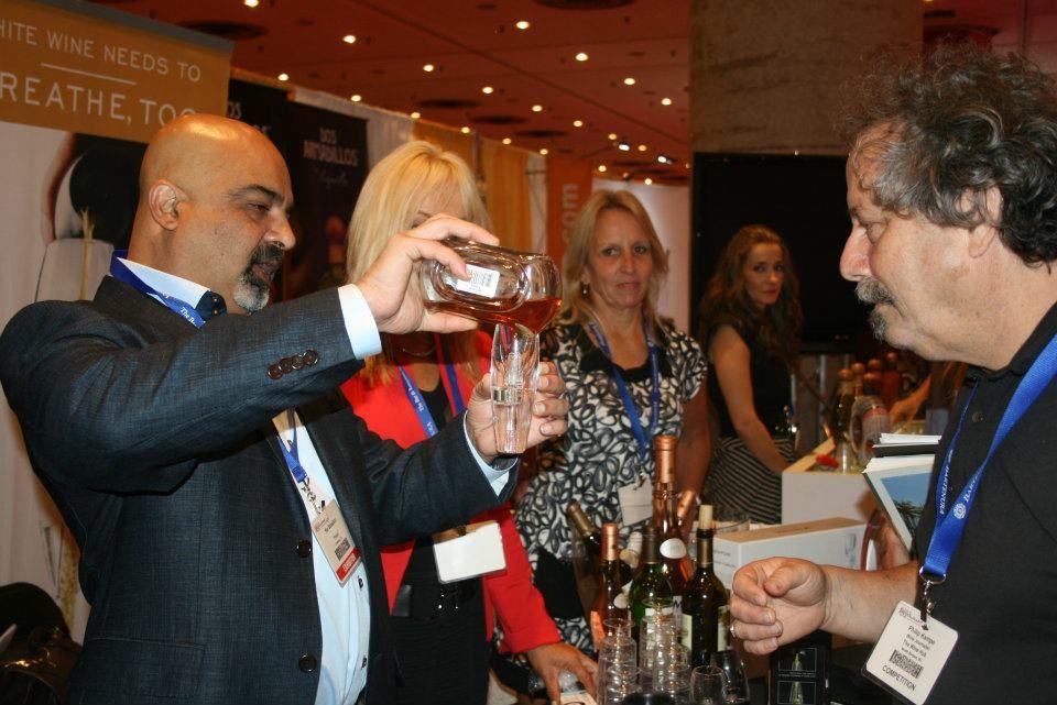 Vinturi inventor Rio Sabadicci demonstrates the Vinturi Spirit at the New York Bar and Restaurant Show