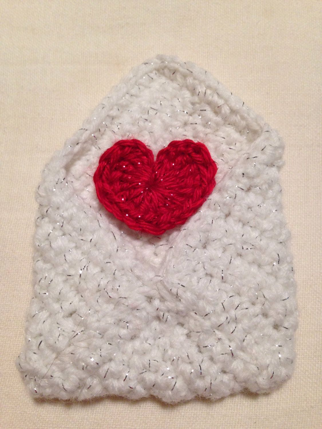 Crochet envelope with red heart gift card holder by