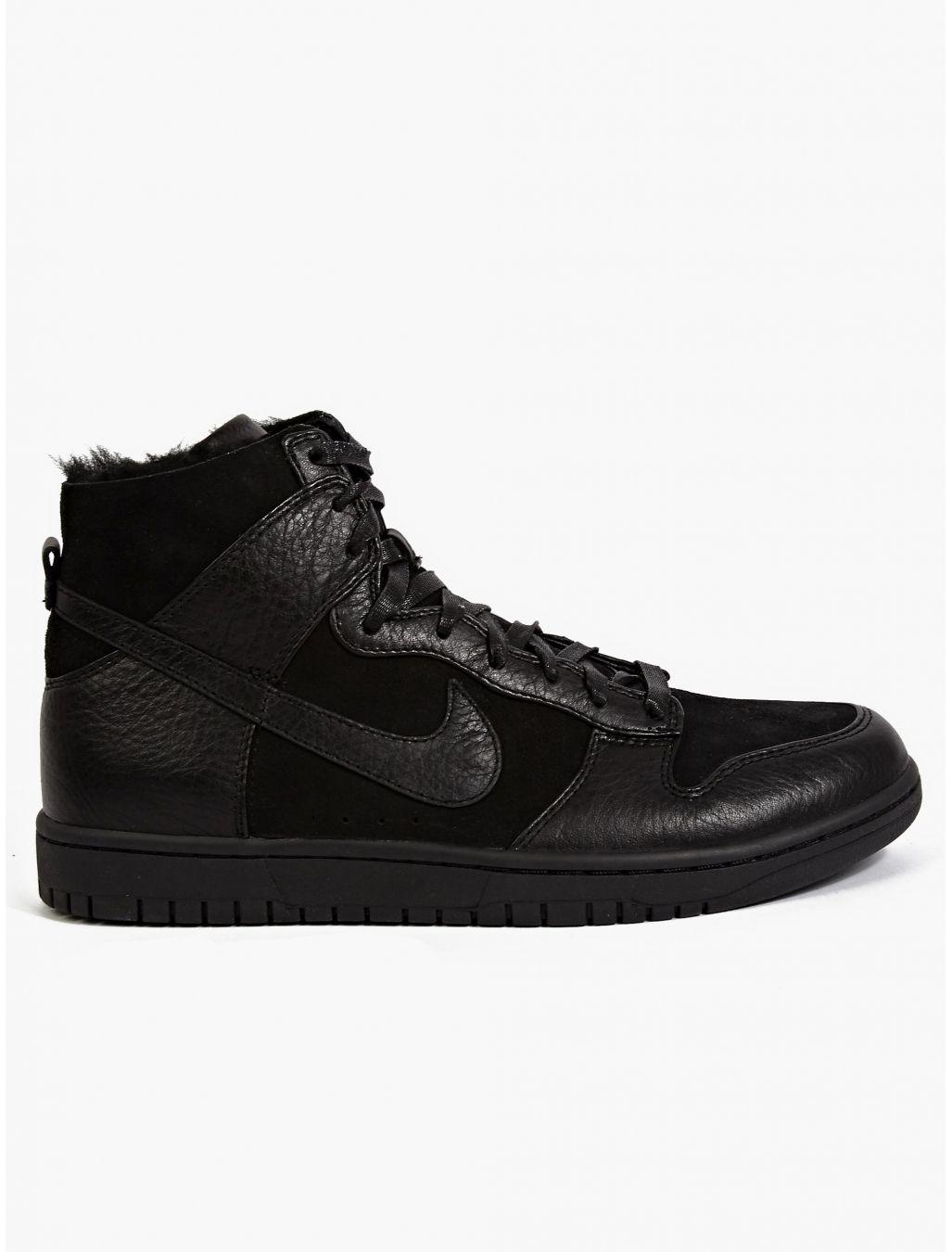 half off e2fa3 b2b6a NIKE Mens Black Dunk Lux SP Sherpa Hi-Top Sneakers  oki-ni
