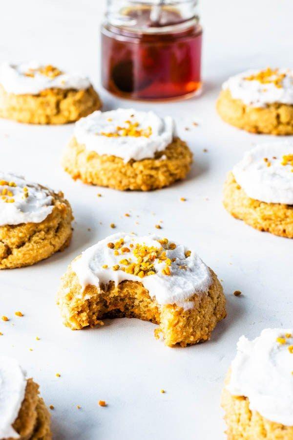 Healthy Honey Cookies, paleo and gluten-free #paleo #glutenfree #refinedsugarfree #healthy #honey #cookies #paleocookies #paleotreats #paleodessert #glutenfreecookies #cookiemonster #cookieexchange #chewycookies #softcookies