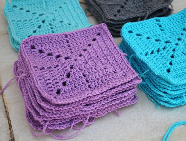 Filet Crochet Simple Snowflake Blanket Square via CreativeJewishMom ...