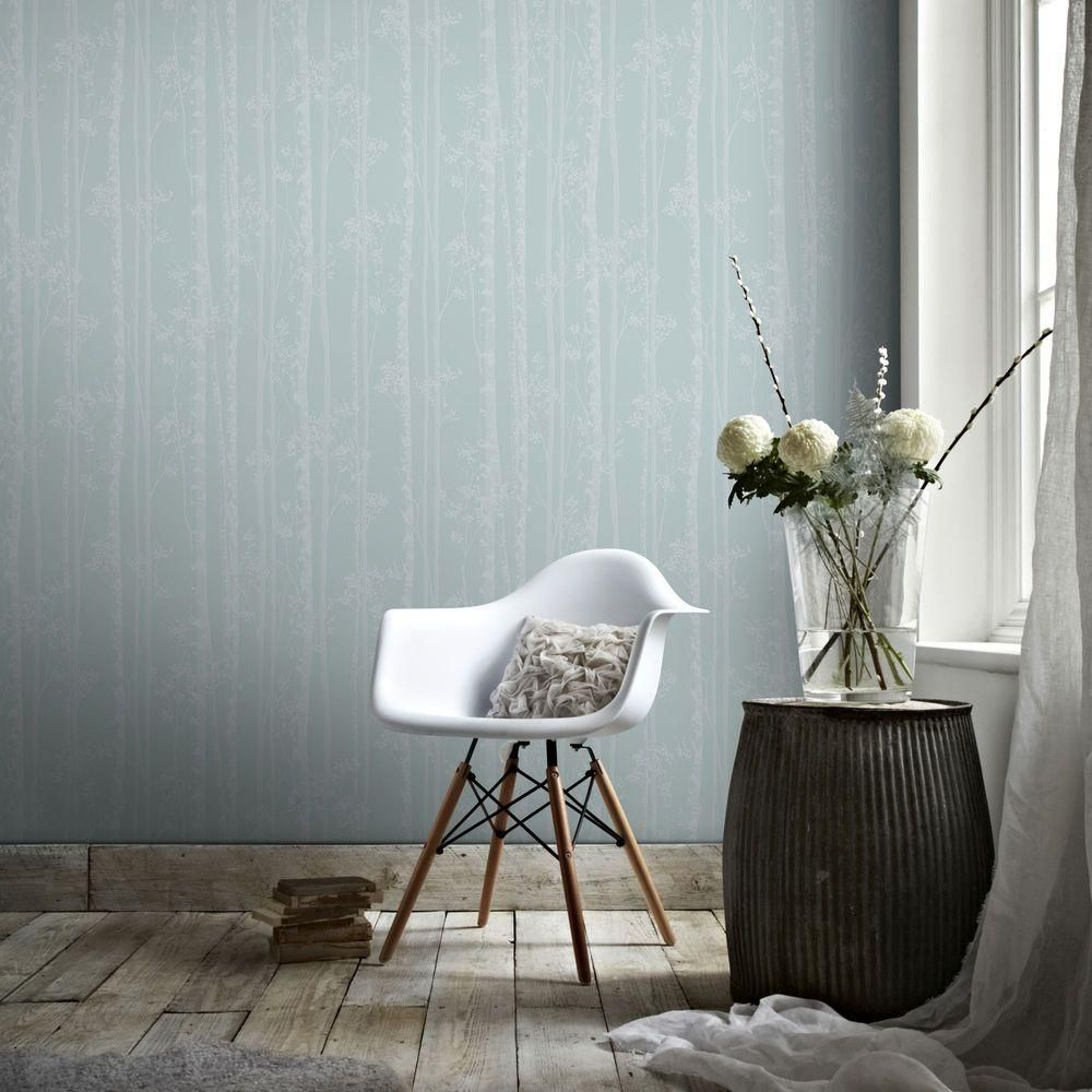 56 sq. ft. Blue and White Linden Wallpaper