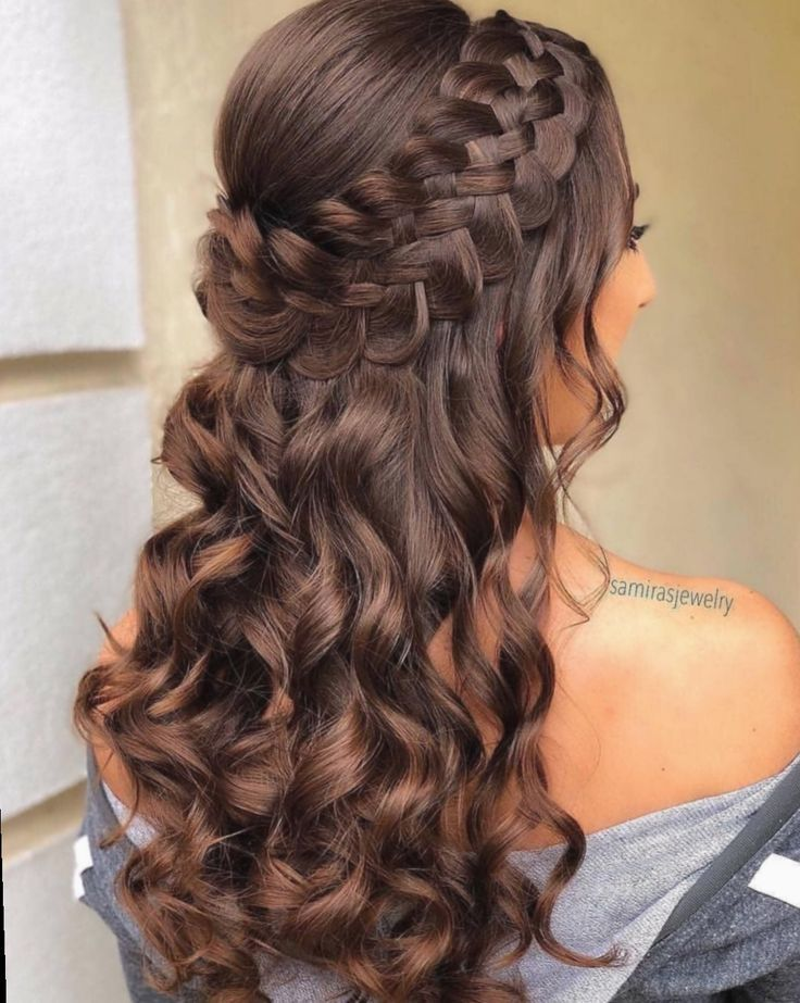 17+ Cute Hairstyles For Homecoming Half Up - #hairstyles #homecoming - # ...