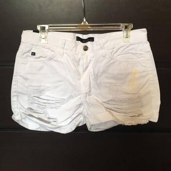 White KanCan shorts! Super cute, distressed KanCan shorts! Makeup stain in the front, price reflects! :) KanCan Shorts Jean Shorts
