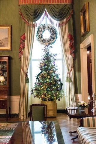 2015 White House Christmas in Pictures Pinterest White houses