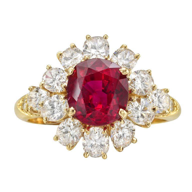 Van Cleef And Arpels Ruby Diamond Cluster Ring Van Cleef