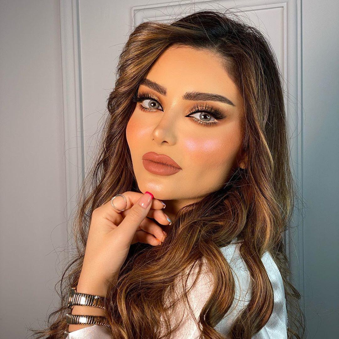 Miss Ieebo On Instagram ميك اب على احلى البنات Haifa Hassony لوك عرايسي ناعم و راقي وكله رونق اريد رأيكم والشعر بنعومه Ge Beauty Glamour Makeup