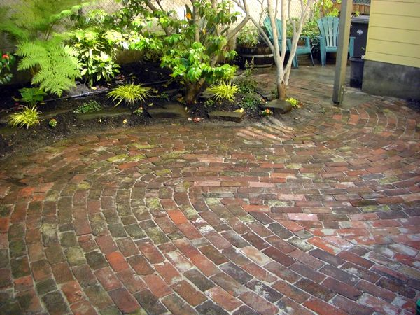 Old Brick Patio Designs Curved