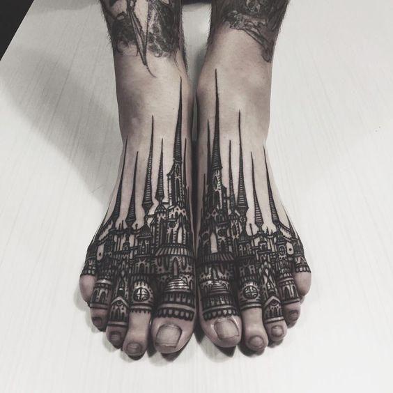 Ciudad Estilo Gotico Tatuaje En Los Pies Tatuajes Tatuaje Gótico