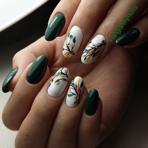Green And White Nails With Leaves Green Nail Designs Green Nail Art Fall Nail Designs