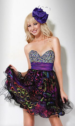 Well, don't fret ladies because contrary to what you may think, punk prom dresses are a great option to consider for that fairy tale night. Description from stylebistro.com. I searched for this on bing.com/images