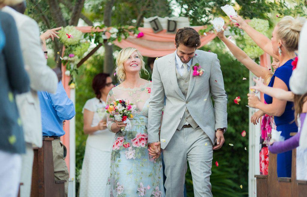 Stunning Pictures From Jennie Garth S Gorgeous Wedding Celebrity Wedding Photos Jennie Garth Hollywood Wedding