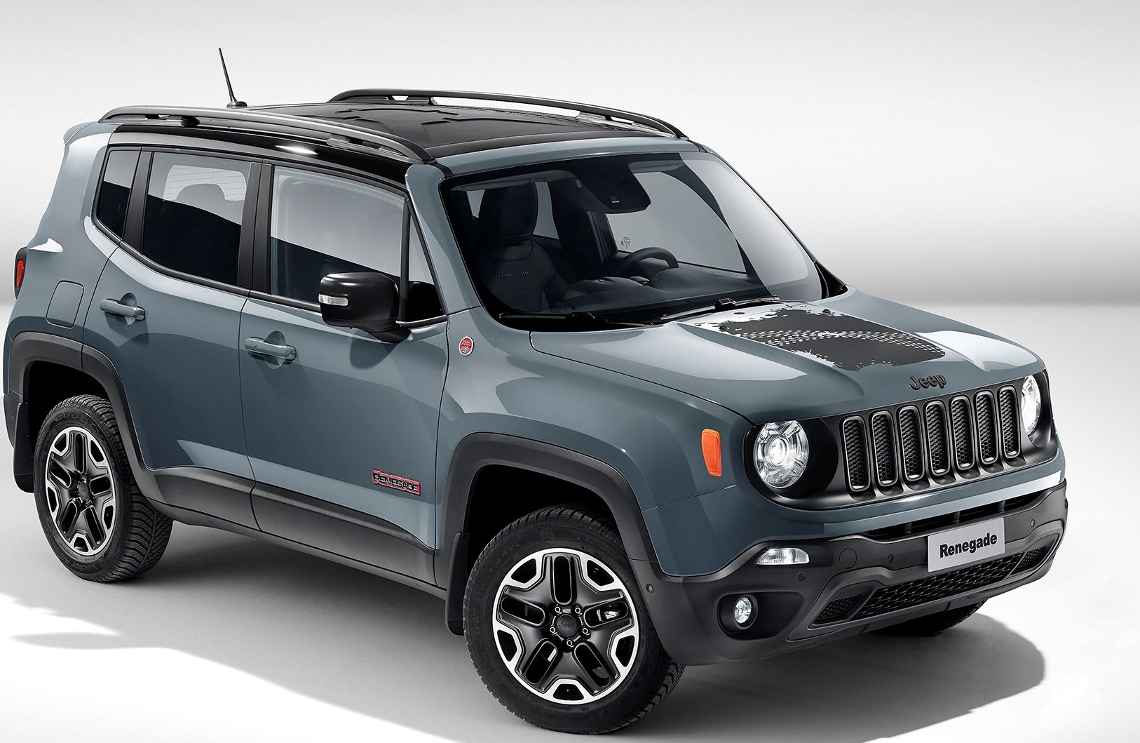 The Jeep Renegade Trailhawk Includes 17 Inch Aluminum Alloy Rims