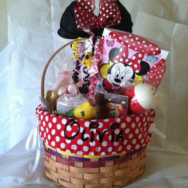Custom Birthday Basket For A 2 Year Old Girl Minnie Mouse Themed More Info At Heatherlybasketsweebly